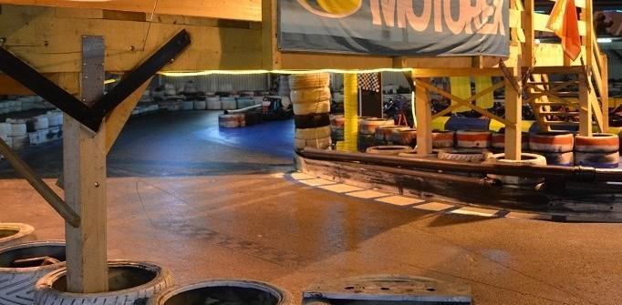 Develier Kartbahn auf 2 Etagen